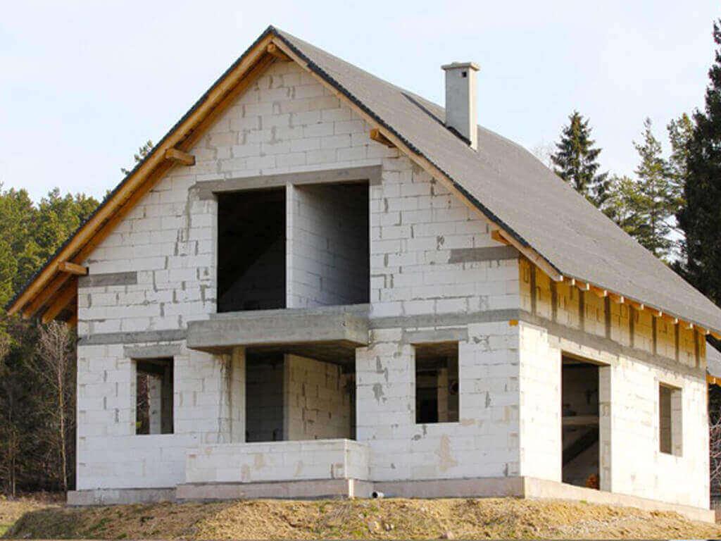 дешевый дом из газобетона